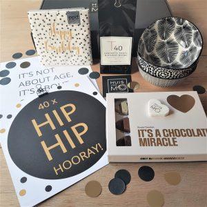 deze giftbox is een super leuk kado voor de 40ste verjaardag van elke 40-jarige job