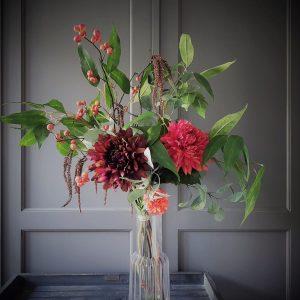 deze zijden bloemen vormen een prachtig herfstboekt