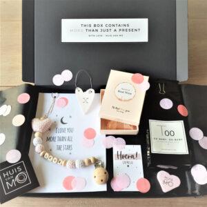 super lief, tof en lekker baby brievenbuskadootje voor een meisje